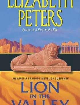 Cover for Lion in the Valley by Elizabeth Peters