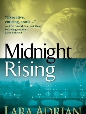 Cover for Midnight Rising by Lara Adrian