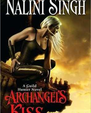 Cover for Archangel's Kiss by Nalini Singh